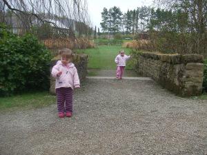 Girls, Easter etc 2009 097