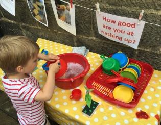 Ten warm weather play ideas for pre-school kids