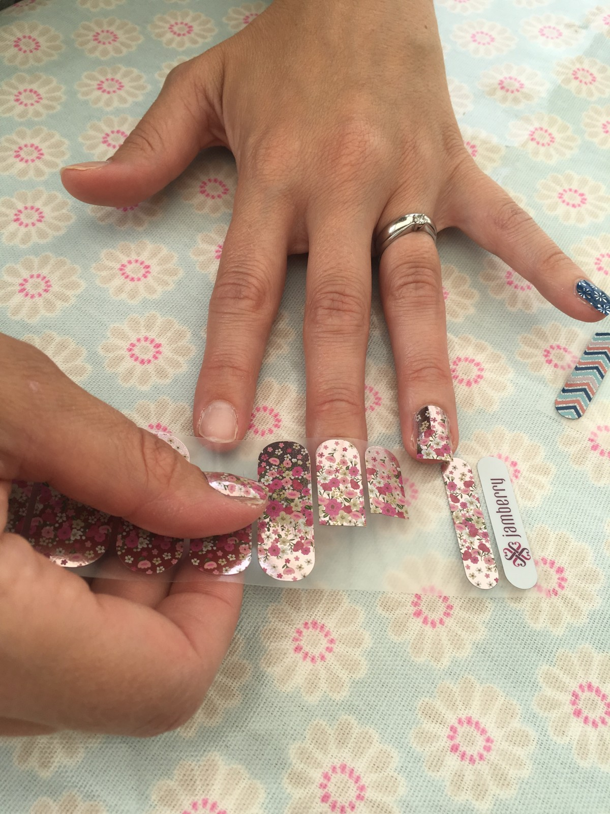 Harrogate Mama, Harrogate Mama Blog, Jamberry, Nails, Nail Wraps, Harrogate, Yorkshire, Blogger, Harrogate, Mama, Blog,IMG_0913.jpg