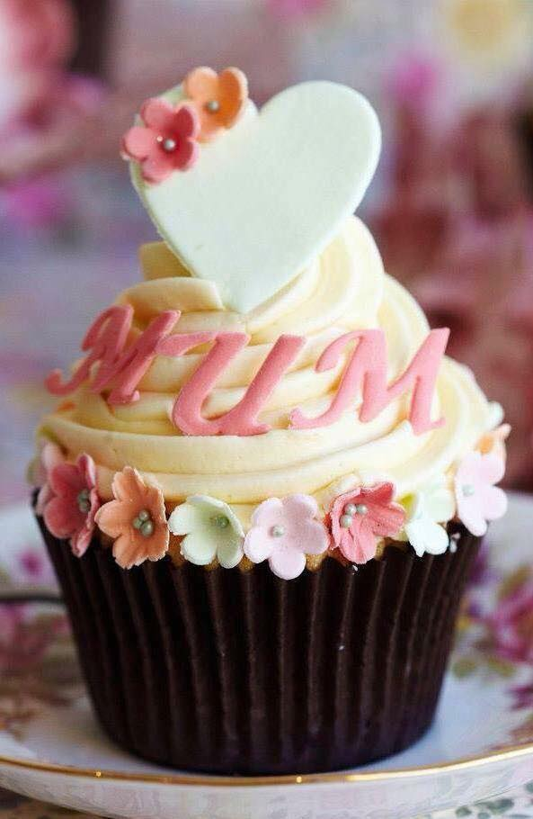 mum cupcake.jpg